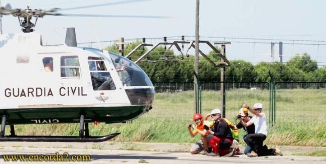 Montañero horizontal práctica helicóptero