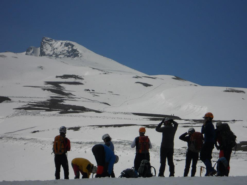 Pico Veleta al fondo, mucha nieve todavía