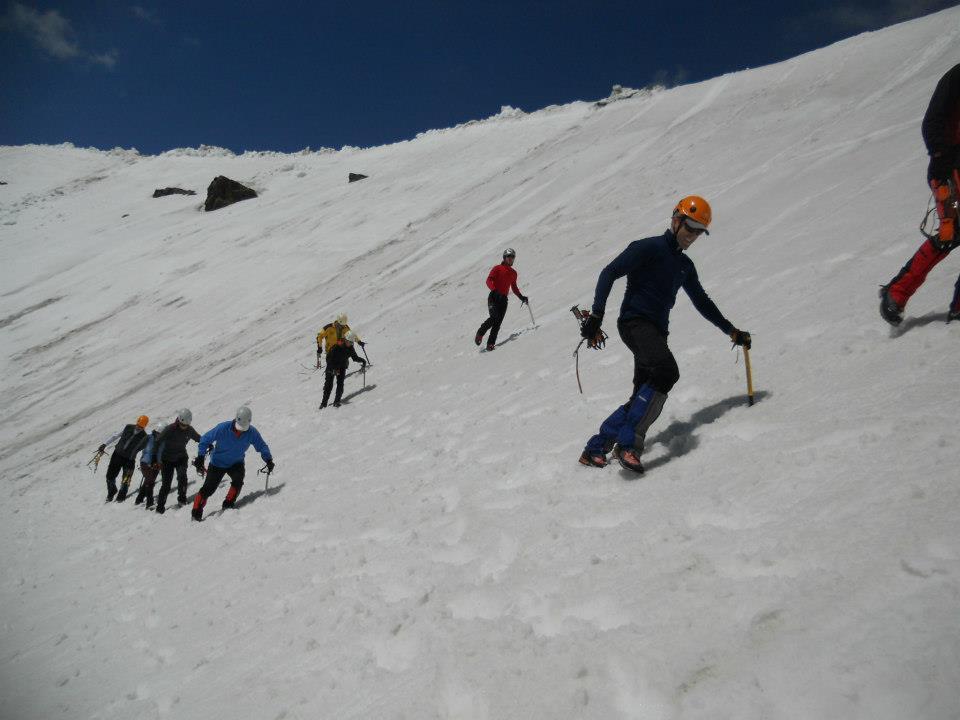 Progresión por nieve primavera sin crampones